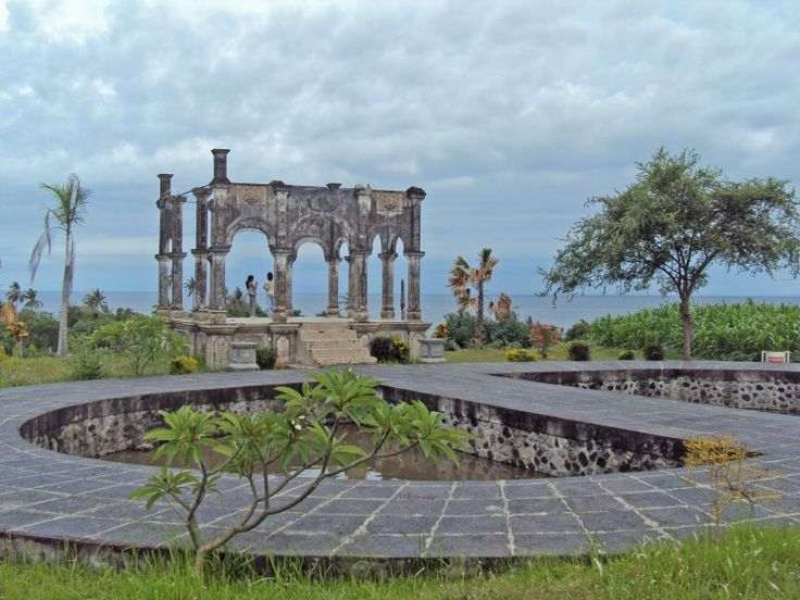 Ancient Bali Tour created to explore the eastern part of Bali island, in this area we can enjoy the most authentic culture and architecture of Bali.We can visit some interesting place such as : Tengan - - YukmariGO.com