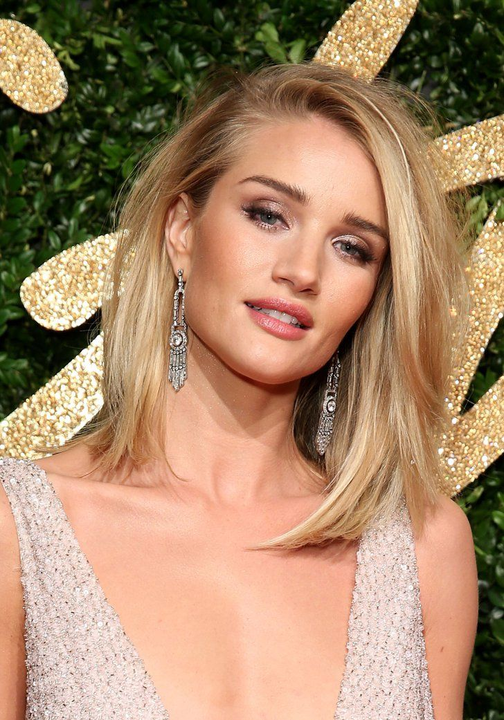 Pin for Later: Straight Talking: 33 Hairstyles That Don't Require Curls Rosie Huntington-Whiteley