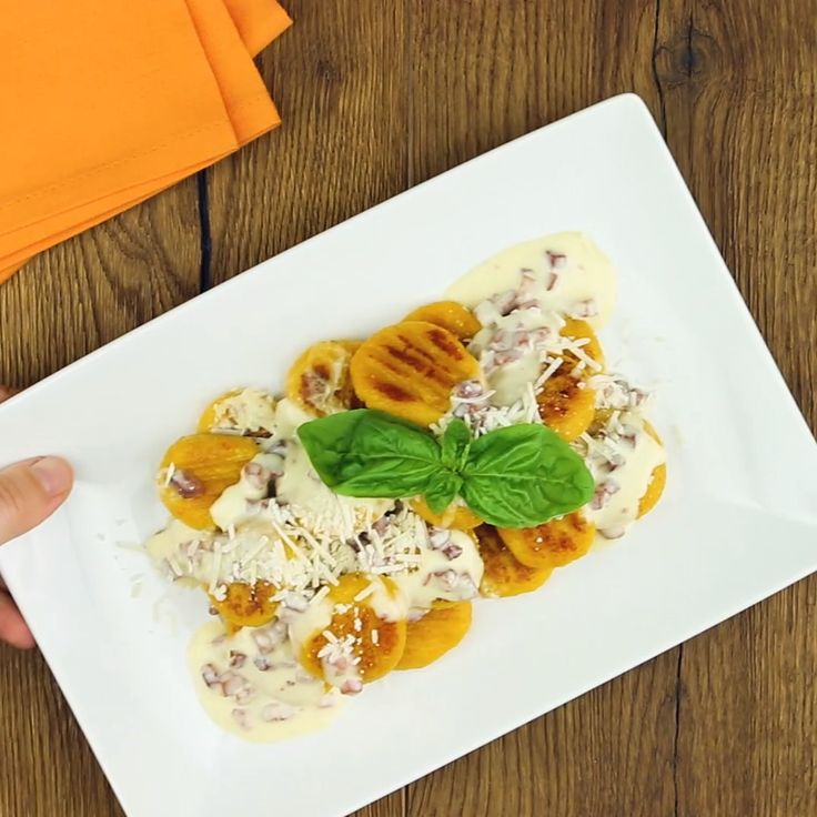 Kürbis-Gnocchi   – Was koche ich heute Mittag? Rezepte für Abendessen, Mittagessen, Hauptmahlzeiten