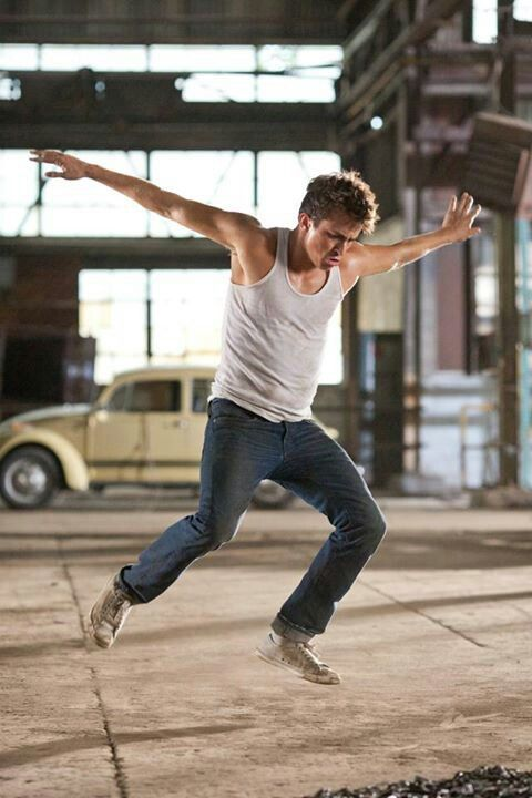 #Footloose (2011) - Ren McCormack