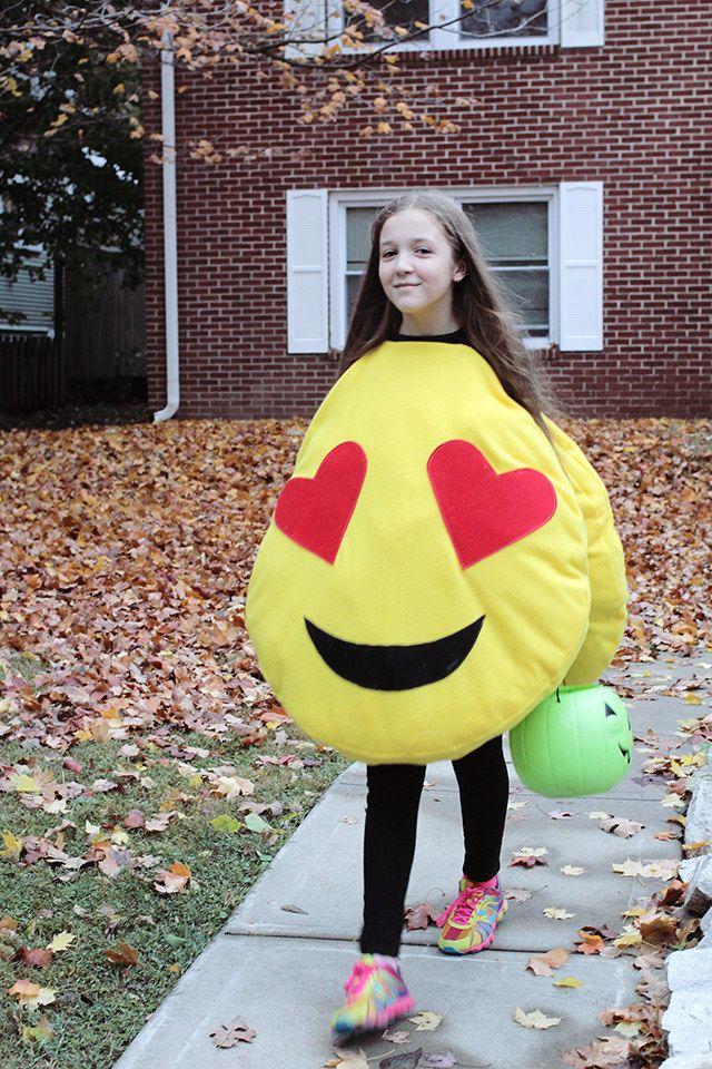 DIY Halloween 2015-- handmade emoji costume