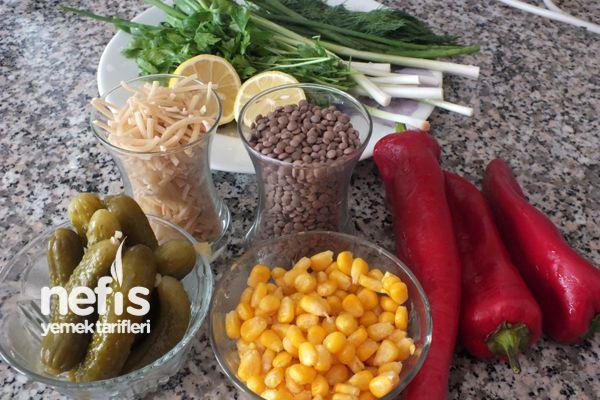 Mercimekli Erişte Salatası 1