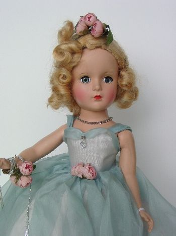 Madame Alexander doll, vintage Margaret Rose as bridesmaid.