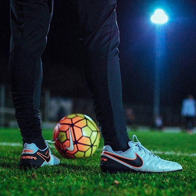 Perform under the lights in the Nike Tiempo Legend VI #Nike #Tiempo ⚽