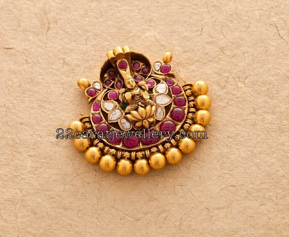 Jewellery Designs: antique pendant