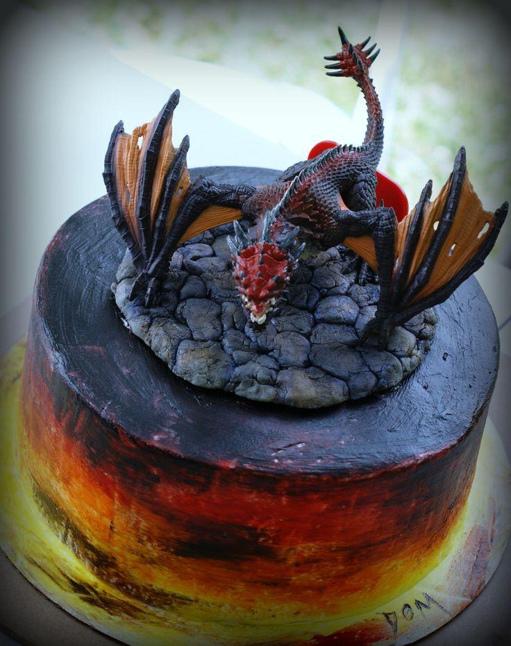 Best 25+ Dragon cakes ideas on Pinterest