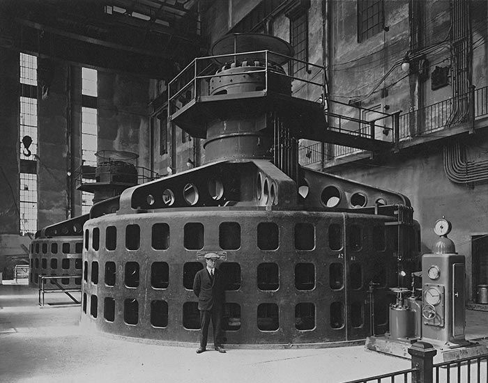 | History of Electricity in Québec | Hydro-Québec. Interior view of Chelsea generating station, 1928.