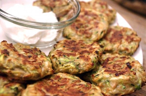 Baked Zucchini Dill Fritters // Nutritionist in the Kitch
