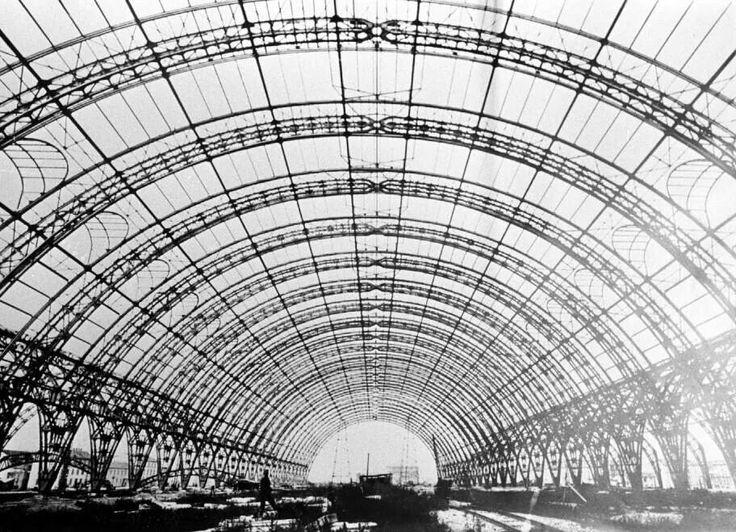 Milano Centrale rail way station #railway #station #Milan #Expo2015 #WorldsFair