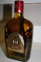 Final-Vanilla-Brandy ... ultimately, is this homemade vanilla or vanilla brandy, either way.. sounds like a good idea