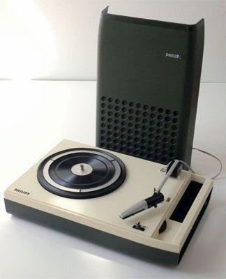 1970s Vintage Green Philips 113 Portable Record Player