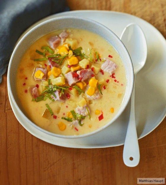 Schön herzhaft und leicht verschärft: Die Kartoffel-Mais-Suppe hat einiges zu bieten.