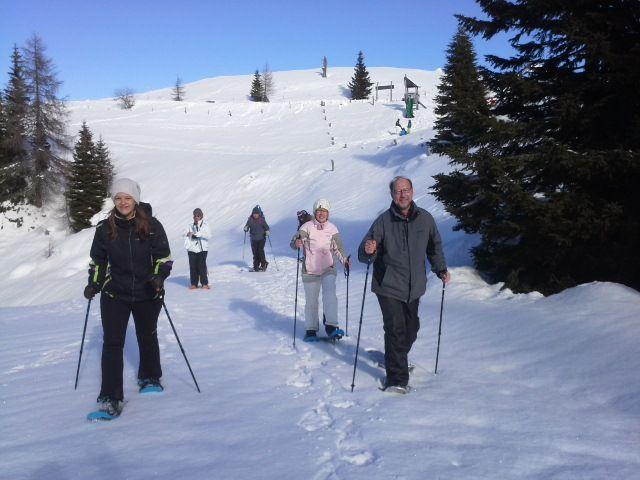 Schneeschuhwandern im Naturpark Dobratsch