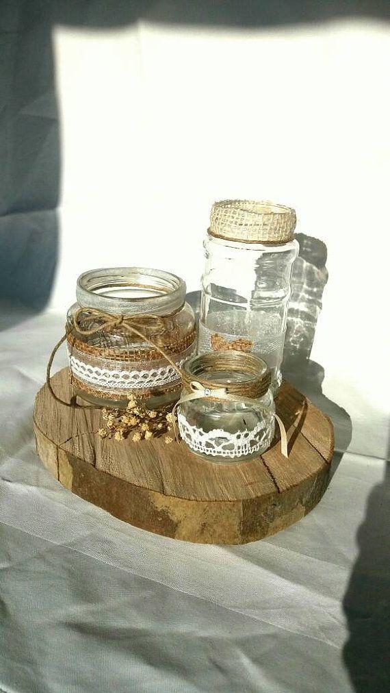 Rustic Decor. Guarda questo articolo nel mio negozio Etsy https://www.etsy.com/it/listing/503670279/alzatine-in-legno-naturale-fette-di