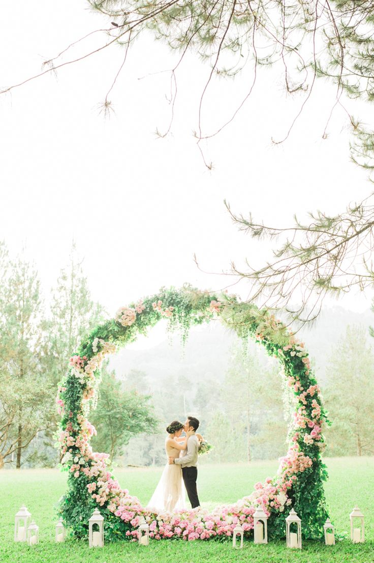 469 best backdrops photo booths dessert tables ceremonies the wedding scoop top 10 decor and details of 2016 junglespirit Images