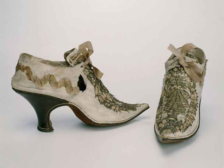 Shoes from 1730 at  a Munich Museum