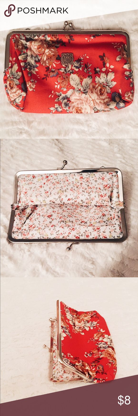 Vintage Victoria Floral Coin Purse Beautiful coin purse, never used. Like new! Anna Sui Bags Clutches & Wristlets