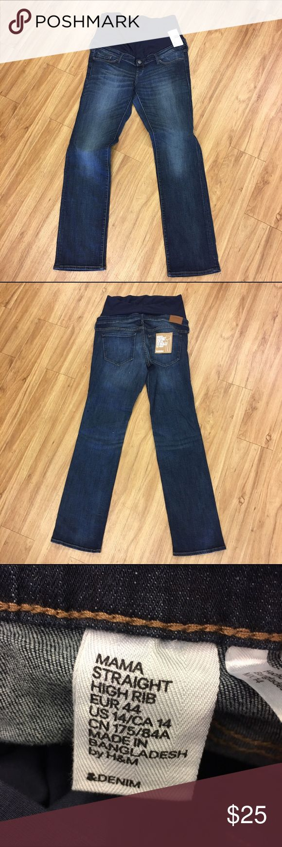 H&M Mama Maternity Jeans NEW NWT 14 H&M Mama Maternity Jeans NEW NWT 14  Straight, high rib.  From the &Denim line.  New with tags.  Look like a regular pair of jeans with five pockets and a faux fly and button.  Knit tummy panel.  #new #nwt #jeans #maternityjeans #denim #blue #handmmama #straight #highrib H&M Jeans Straight Leg