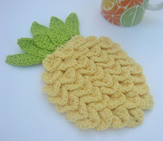 Pineapple Trivet / Pineapple Hot Pad / Crochet by OrangePorridge
