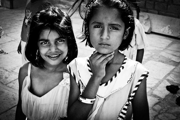 Reisfotografie portret zwart-wit India Rajashtan. Foto door Marijke Krekels fotografie