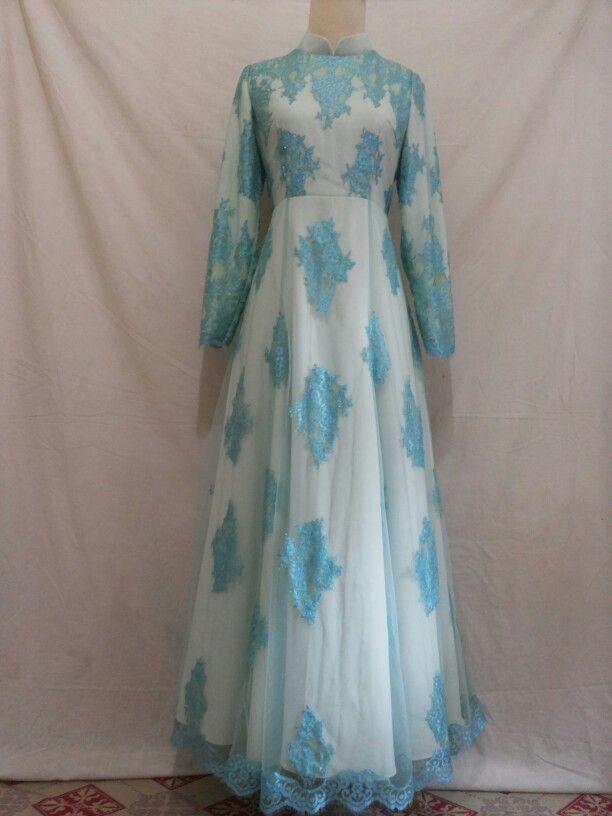 Long dress muslim...placing lace celadon.....bagi sista yg ingin membuat baju sesuai model yg di inginkan silahkan hubungi kami...atau bisa cek d album untuk yg ready stock..thanks