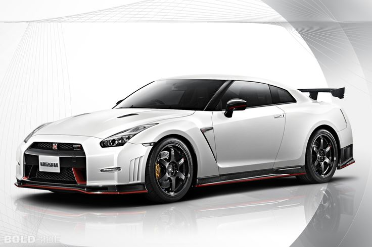 2015 Nissan GT-R Nismo Images | Pictures and Videos