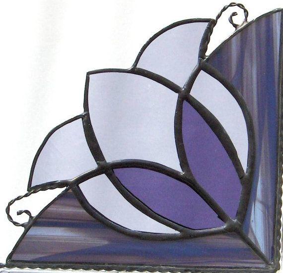 window corner / stained glass / Victorian tulip/ violet