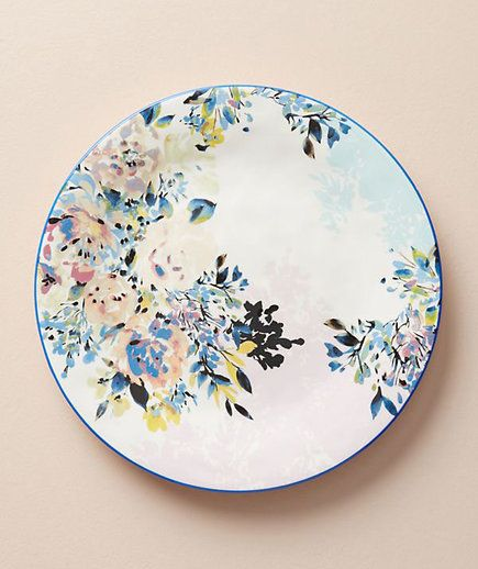 Gardenshire Dinner Plate | Put away the heavy blankets and fireplace accessories. These spring decorations will transition your home from winter to spring.