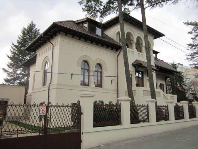Casă, Strada Tirana, București; stil neoromânesc