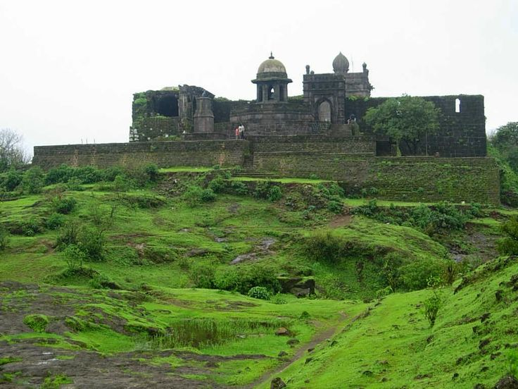 Raigad Fort-best tourist place in india