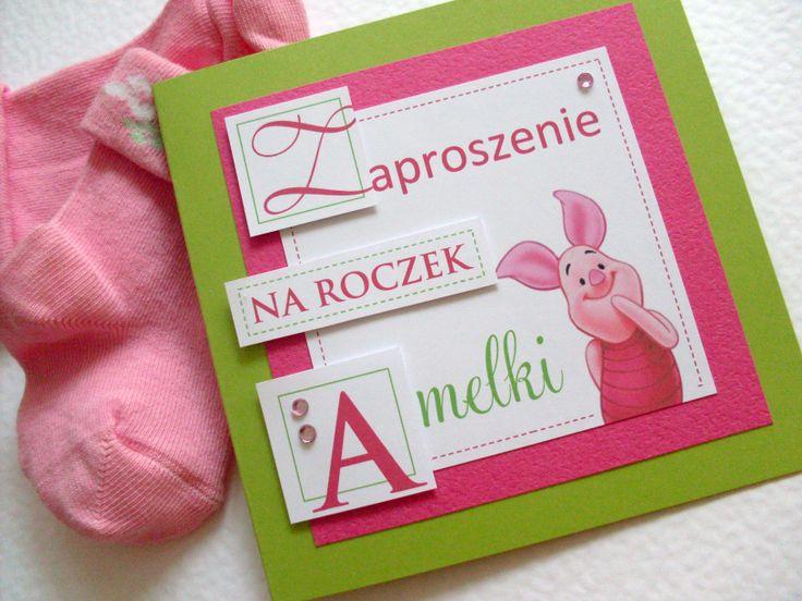 Kolejny idol niemal wszystkich maluszków - Prosiaczek :) Zaproszenia dostępne też w wersji z innymi bohaterami Kubusia Puchatka.
