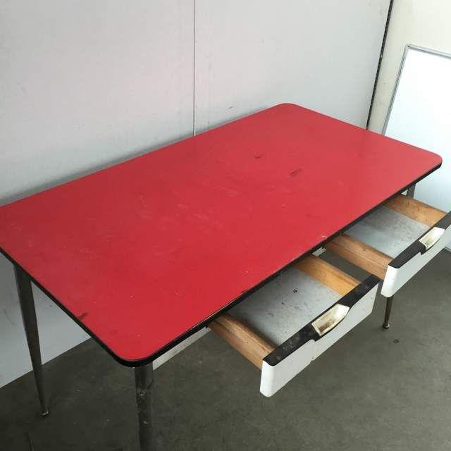 Tavolo in formica rosso anni 50 60 vintage modernariato 2