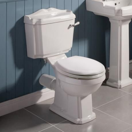 Oxford Close Coupled Traditional Toilet WC with Toilet Seat at Victorian Plumbing UK
