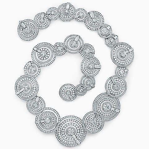 Necklace in platinum with diamonds.