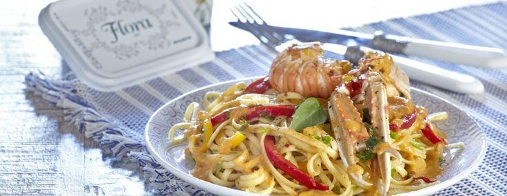 Λιγκουίνι με καραβίδες και λαχανικά