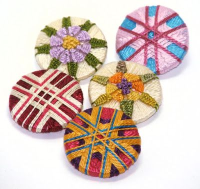 Gillian McMurray: Artist & Craftsperson: Even more buttons. Thread wrapped passementerie buttons.