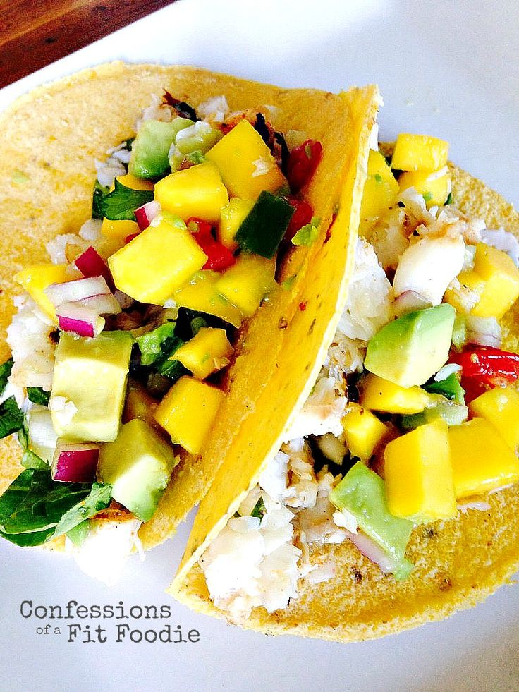 21 Day Fix Fish Tacos with Mango Salsa // 21 Day Fix // fitness // fitspo // workout // motivation // exercise // Meal Prep // diet // nutrition // Inspiration // fitfood // fitfam // clean eating // recipe // recipes