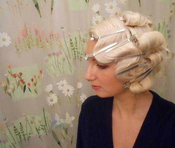 Finger waves. Re-pin if you like. Via Inweddingdress.com #hairstyles