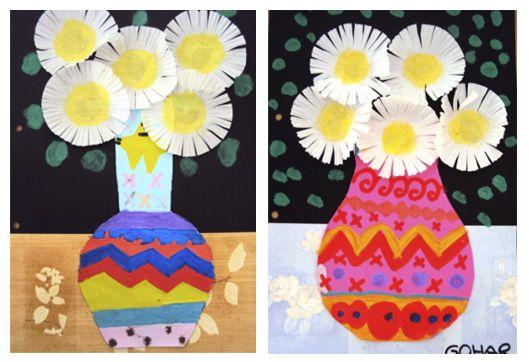 Plastiquem: TAPES DE PRIMER Flower bouquet made with black cardboard, color paper, wallpaper scraps, cupcake wrappers and paint.