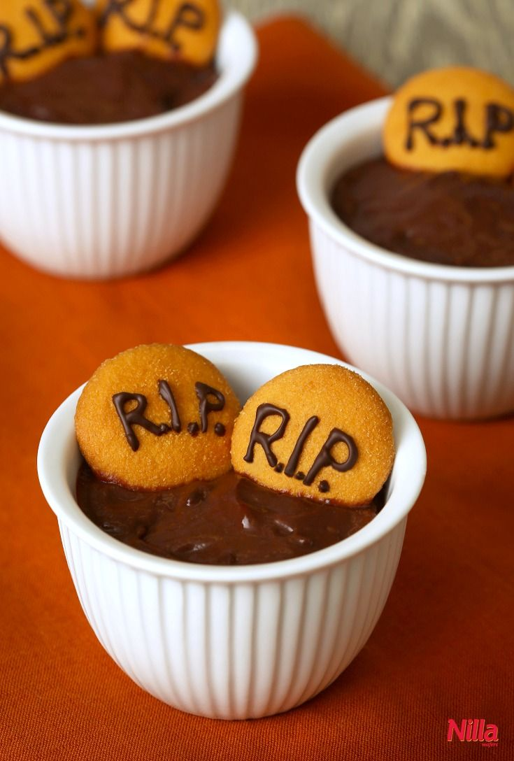 for us r means rest in pudding these graveyard pudding cups are easy to make and use nilla wafers as mini tombstones perfect for halloween - Pudding Halloween Desserts