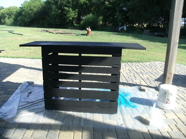 My Art Projects Pallets Made Into An Outdoor Bar My