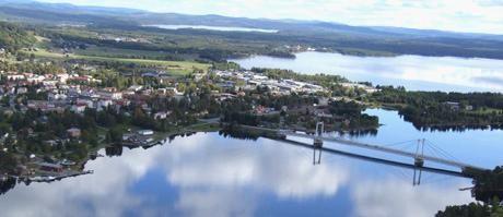 Uitzicht over de stad Strömsund.