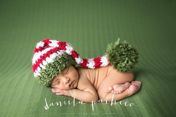 Llegó el momento de ponernos navideños!!!!! Mañana y pasado las mini sesiones navideñas ehhhhhhhh #danielapachecofineart #minisnavidad2015 #lovemyjob
