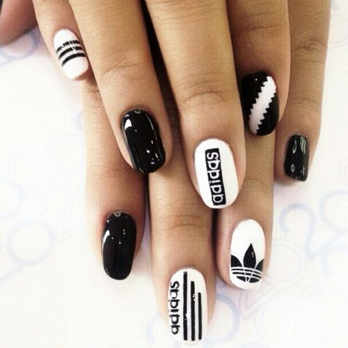 ongles adidas noir et blanc nailart vernis pinterest. Black Bedroom Furniture Sets. Home Design Ideas