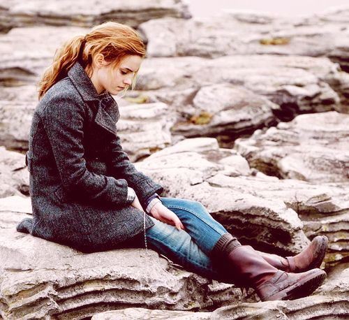 such a nerd, but i loved Hermione's style in the last two movies