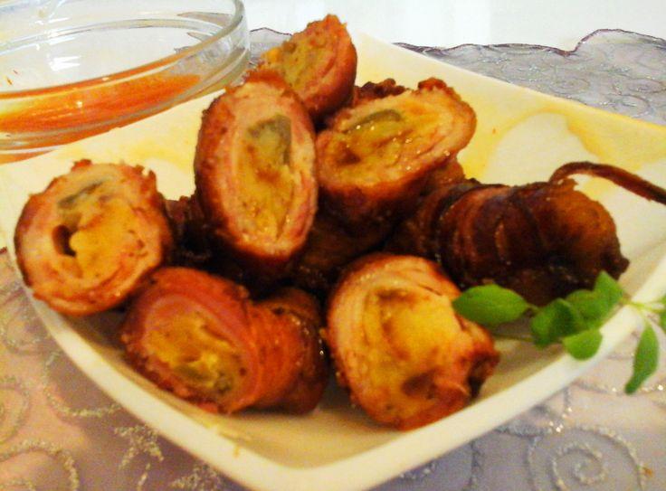 Baconbe tekert sült krumpli/jalapeno paprikával töltve és mangós chili szósszal… http://mediterran.cafeblog.hu/2015/12/20/baconbe-tekert-sult-krumplijalapeno-paprikaval-toltve-es-mangos-chili-szosszal/