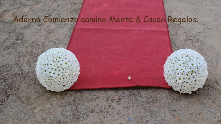 Adorno bolas para el  comienzo camino  ceremonia civil boda V & A.