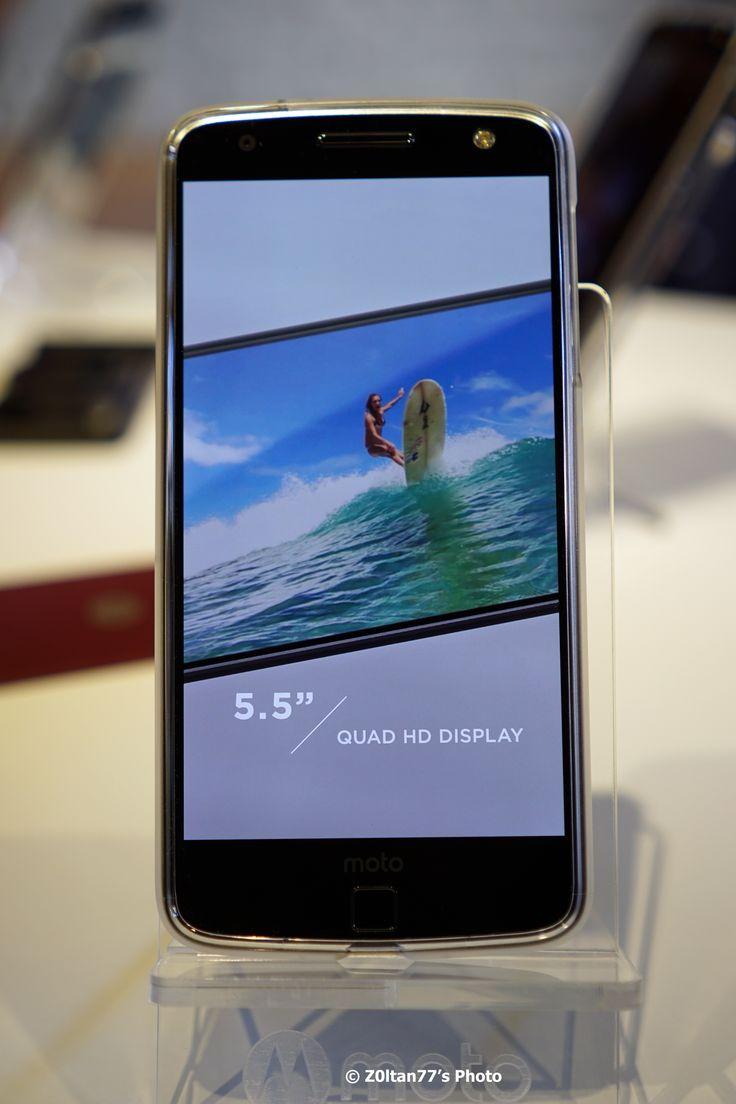 Lenovo extinde gama de smartphone-uri Moto prin lansarea in Romania a produsului varf de gama Moto Z, echipat cu modulele inovatoare Moto Mods