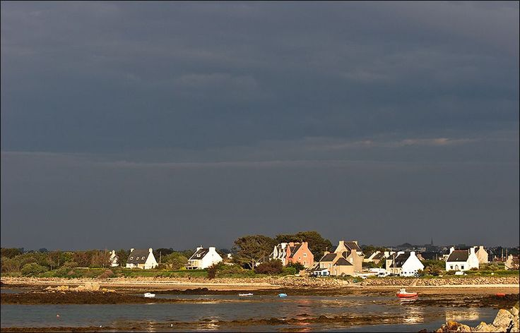 additional resoureces http://earth66.com/village/plouguerneau-village-brittany-france/