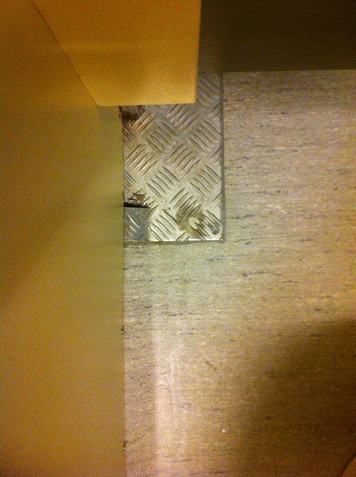 toiletvloer / toilet floor